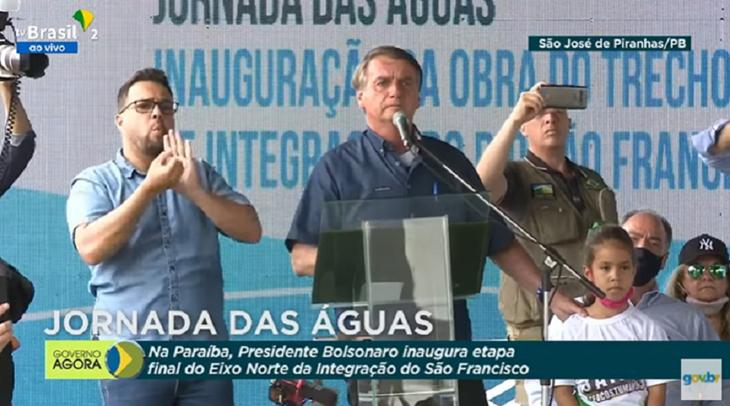 Bolsonaro inaugura obras de integração do São Francisco na Paraíba